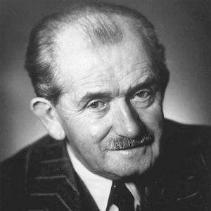 a biography of dr ferdinand porsche the founder of porsche cars Their first project was the design of a middle class car for wanderer  he  financed the project with a loan on his life insurance  dr ferdinand porsche  presents the volkswagen tombola prize to.