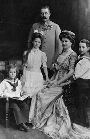 Archduke Franz Ferdinand, his wife Sophie and their Children